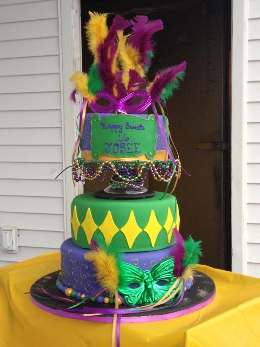 Mardi Gras Cake - CakeCentral.com