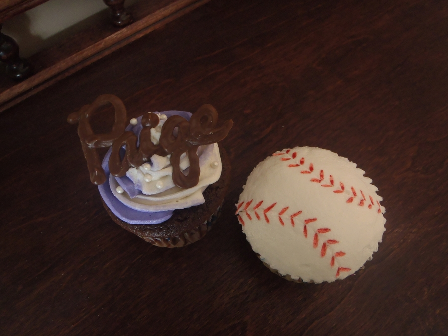 Softball Cupcakes on Cake Central