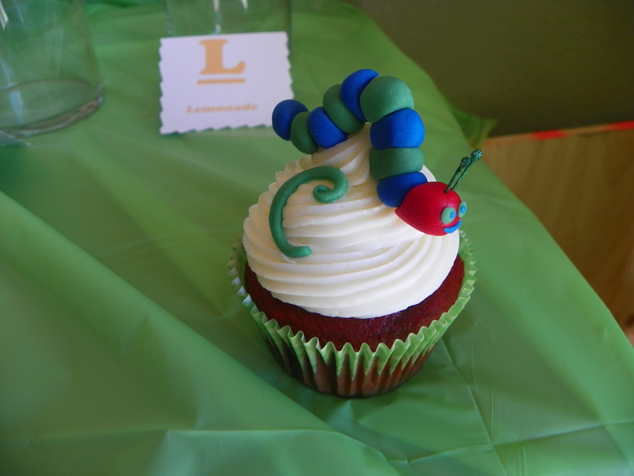 Caterpillar Cupcake on Cake Central