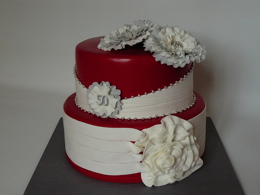 Strange Red And White Classy Cake Cakecentral Com Personalised Birthday Cards Veneteletsinfo