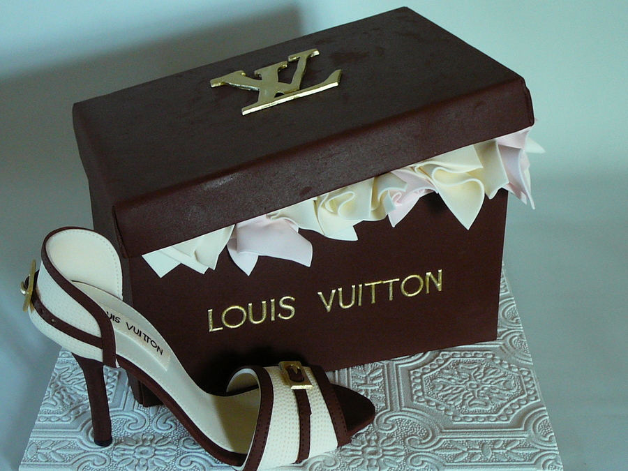 Images Of Louis Vuitton Cakes