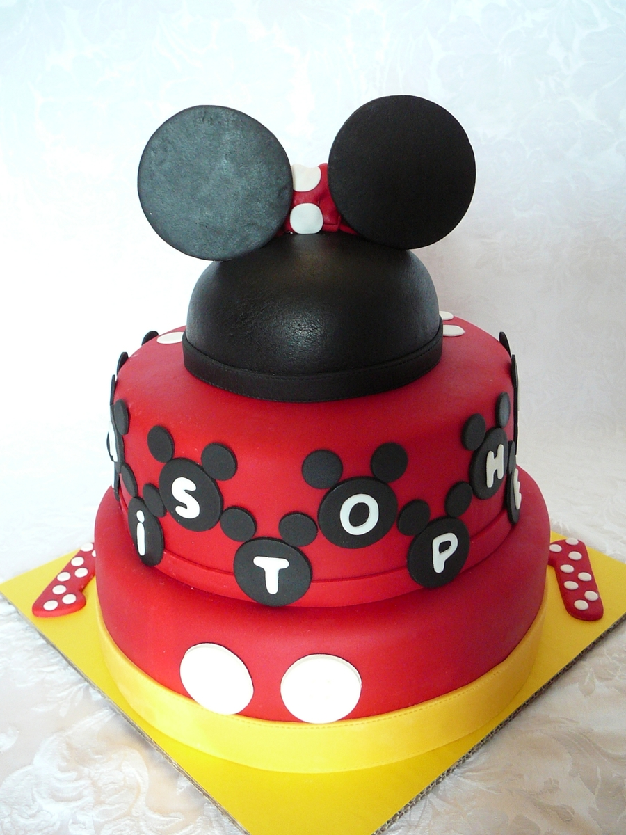 Mickey Mouse And Minnie Mouse For Twins Cakecentral Com