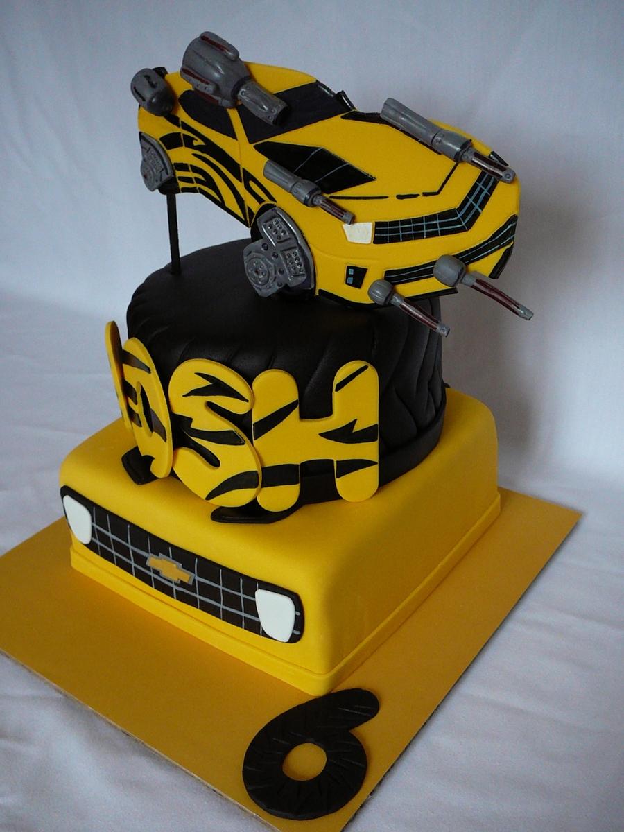 Images Of Bumblebee Transformer Cake