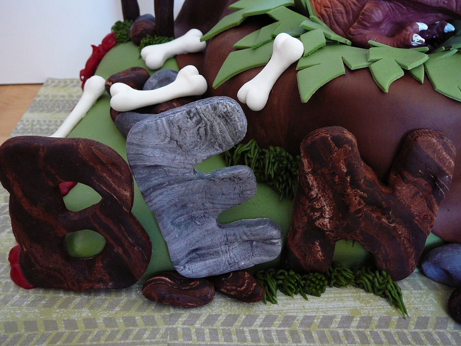 Dinosaur Jungle Cakecentral Com