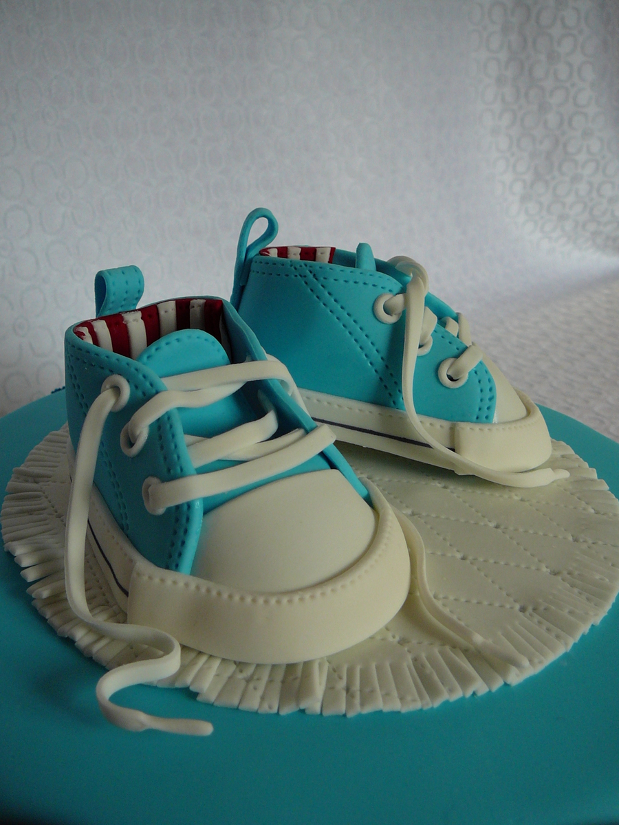 Christening Converse Baby Shoes Cakecentral Com
