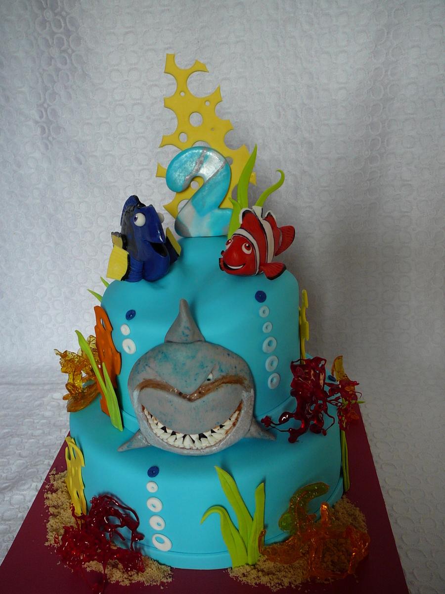 Nemo Doris And Bruce The Shark Cakecentral Com