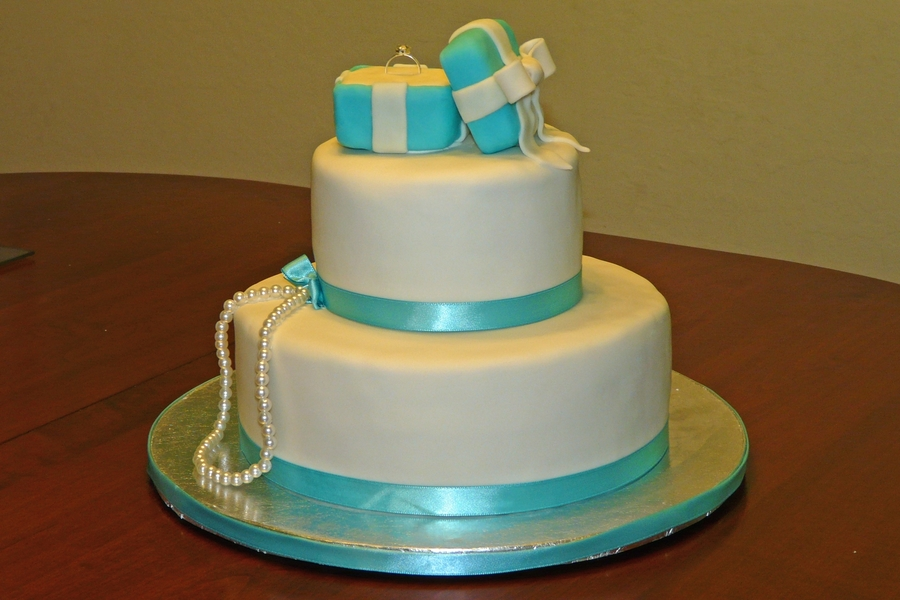 Sweet Treats by Angie: Tiffany Themed Bridal Shower Pictures  Tiffany Bridal Shower Cakes