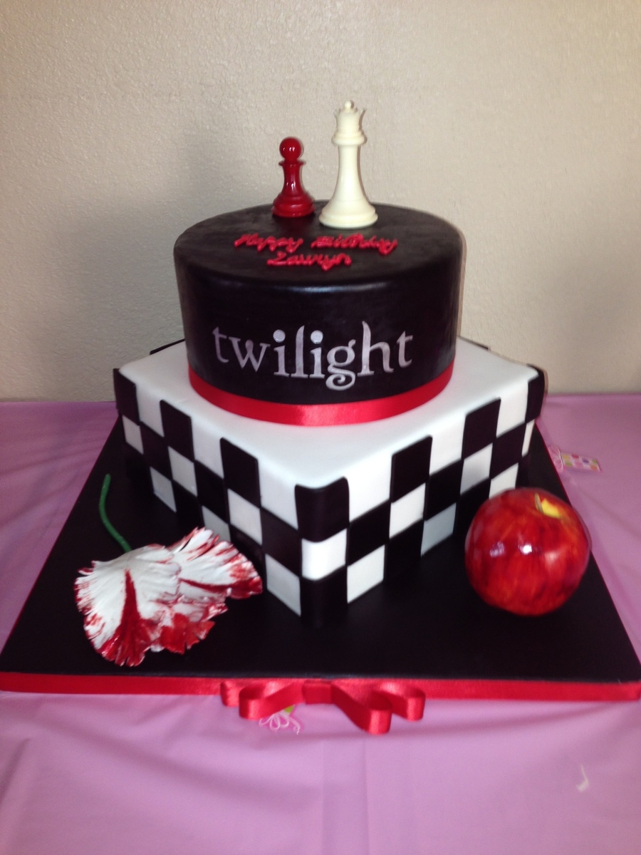 Im A Twilight Fan And Had A Lot Of Fun Making This Cake The Top Tier Is A Dummy Cake The Bottom Cake Is Pumpkin W Crm Chz Bc Covered W on Cake Central