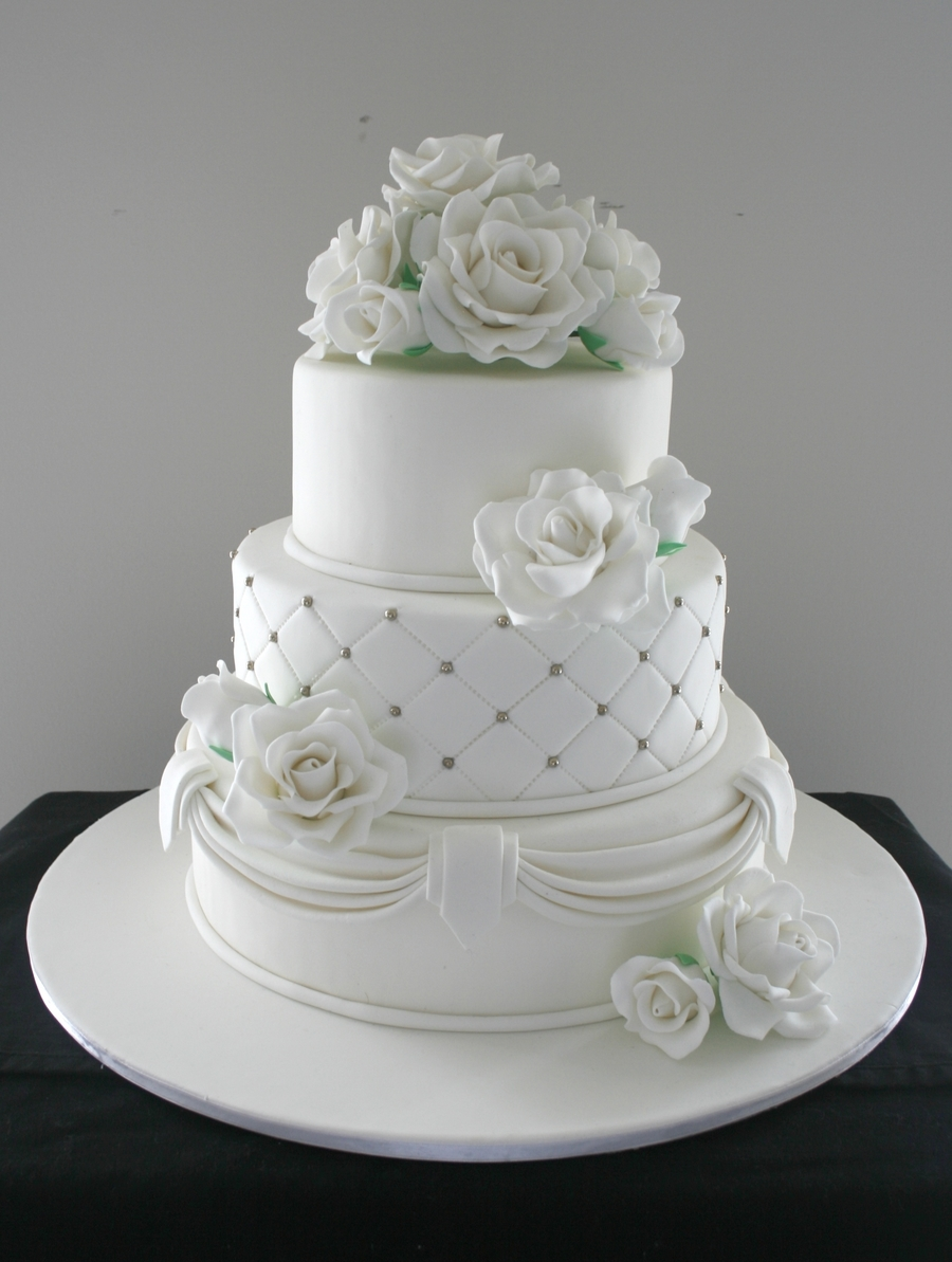 simple 3 tier wedding cake designs three tier wedding cake cakecentral 19917