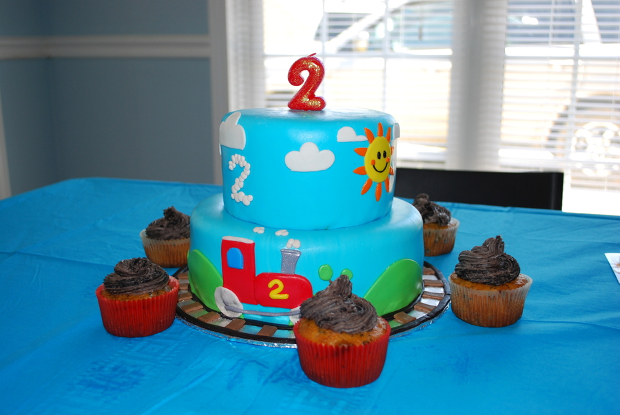 "A ""two-Two"" Choo Choo Birthday on Cake Central"
