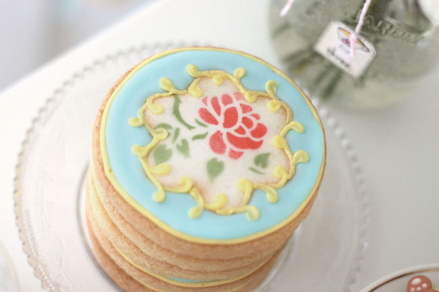 Vintage Feel Tea Party Cookies Done With Stencil Amp Airbrush Photo By Elena Roussakis on Cake Central
