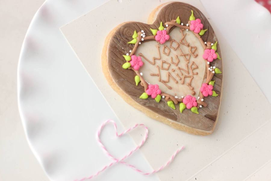 Wood You Be Mine Fondant Decorated Cookie With Royal Icing Details Tutorial Available  on Cake Central