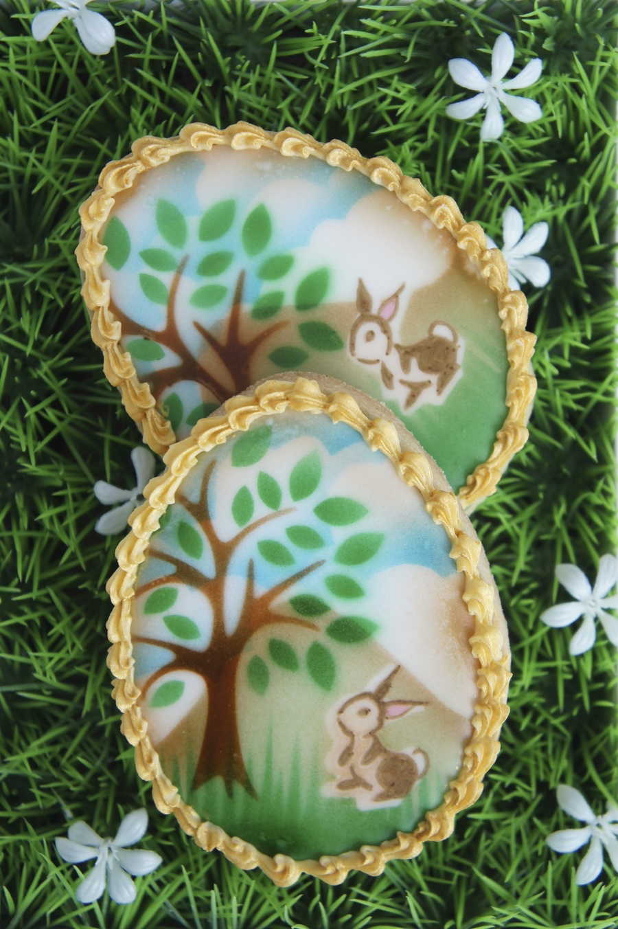 Airbrushed Easter Egg Cookie on Cake Central