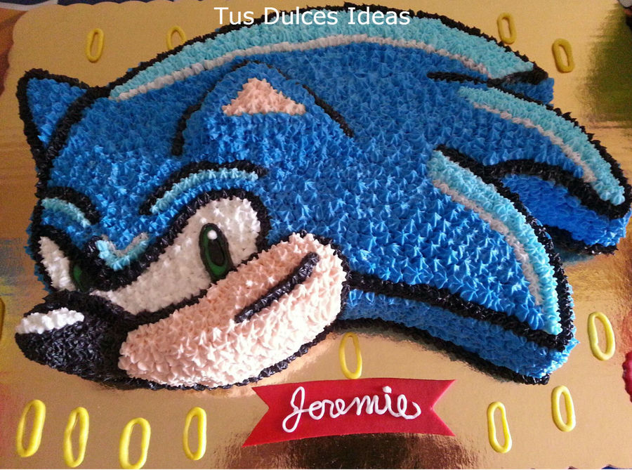Sonic Cake on Cake Central
