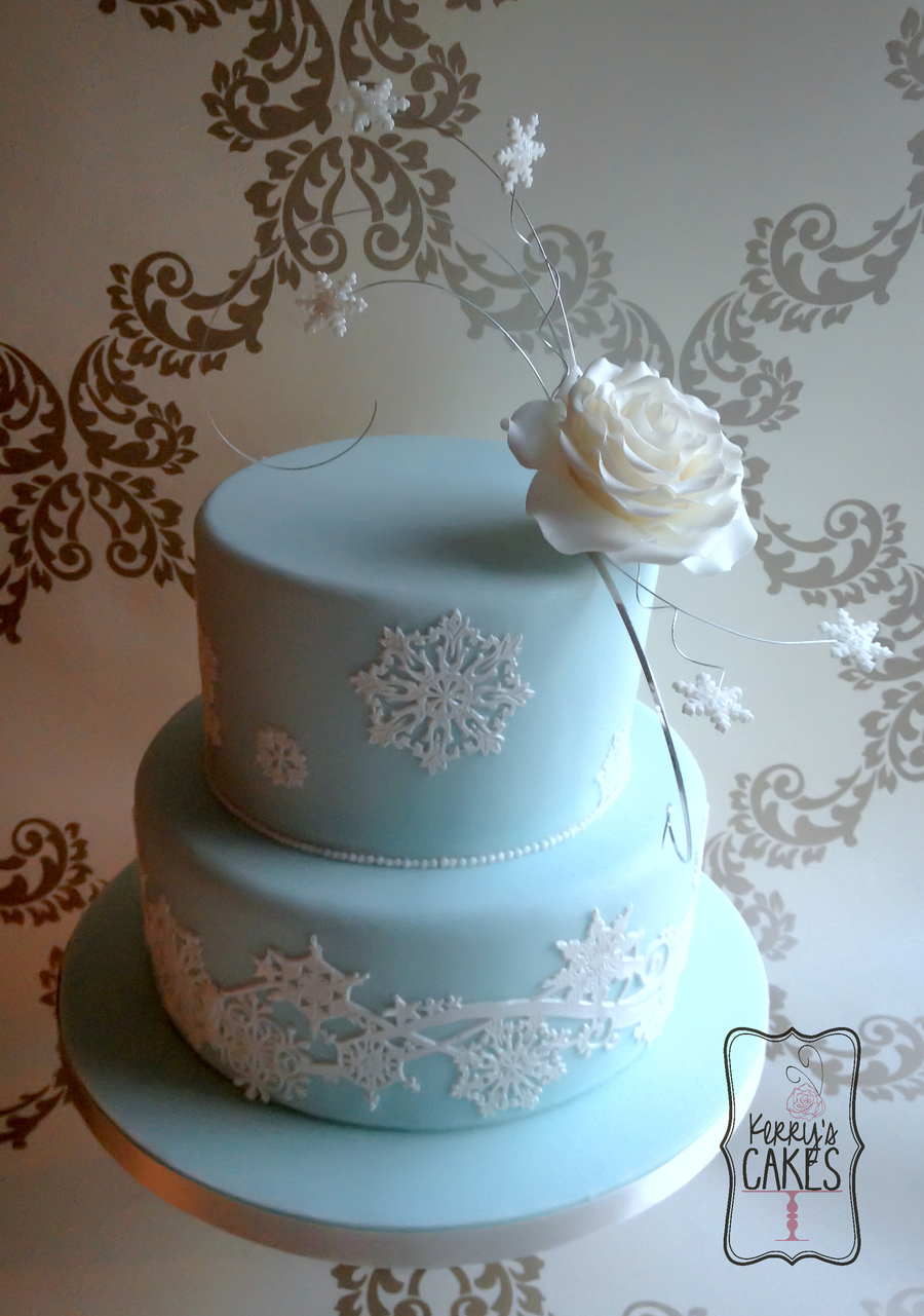 Elsa From Disneys Frozen Inspired Wedding Cake I Wanted