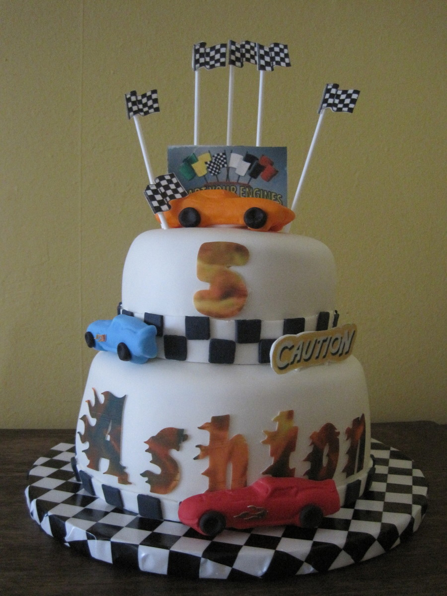 Child's Race Car Cake on Cake Central
