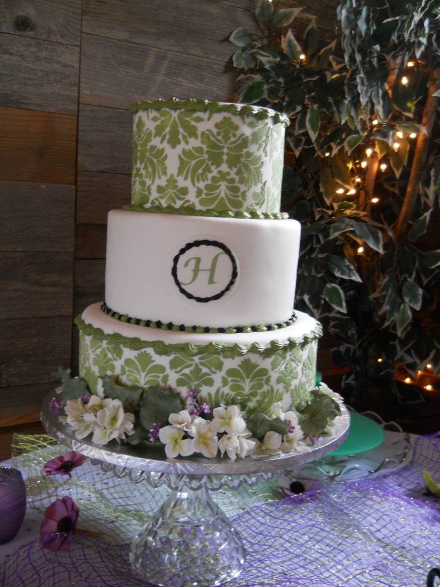 Green Damask on Cake Central