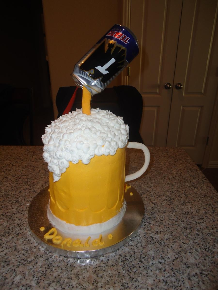 Beer Glass Cake Design : Beer Mug Cake - CakeCentral.com
