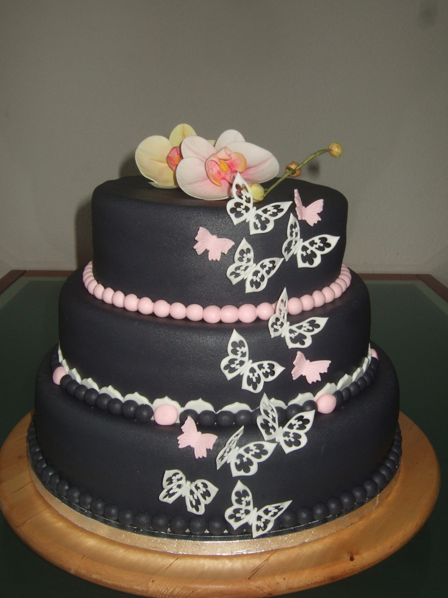 Anthracite Wedding Cake on Cake Central
