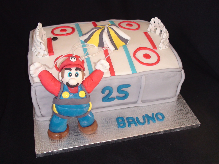 Gateau Patinoire Mario Bros Kathleen Martin 2012Jpg on Cake Central