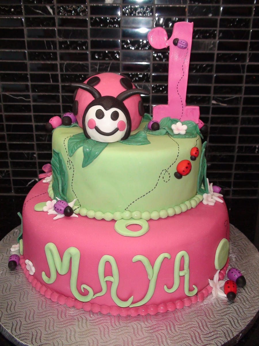 Lady Bug on Cake Central