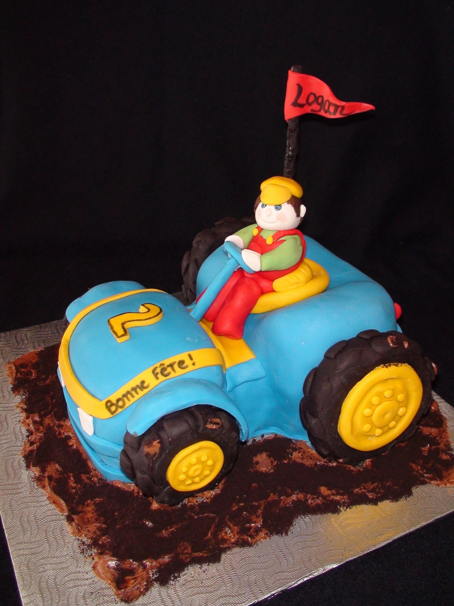 Blue Tractor on Cake Central
