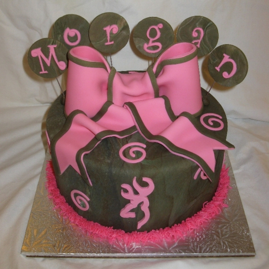 Camo & Buckmark Browning Symbol For Girl on Cake Central