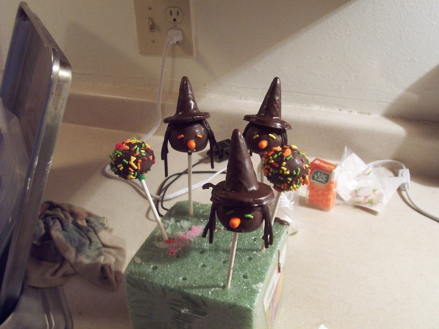 Halloween Cake Pops  on Cake Central