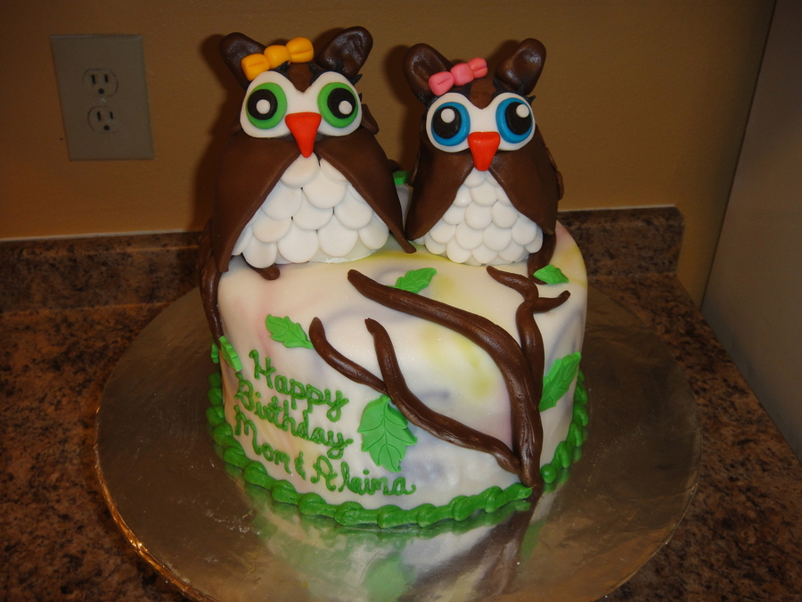 Two Sweet Owls on Cake Central