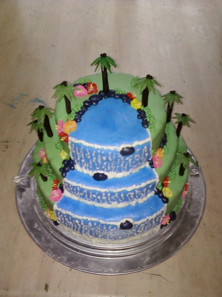 Hawaiian Waterfall on Cake Central