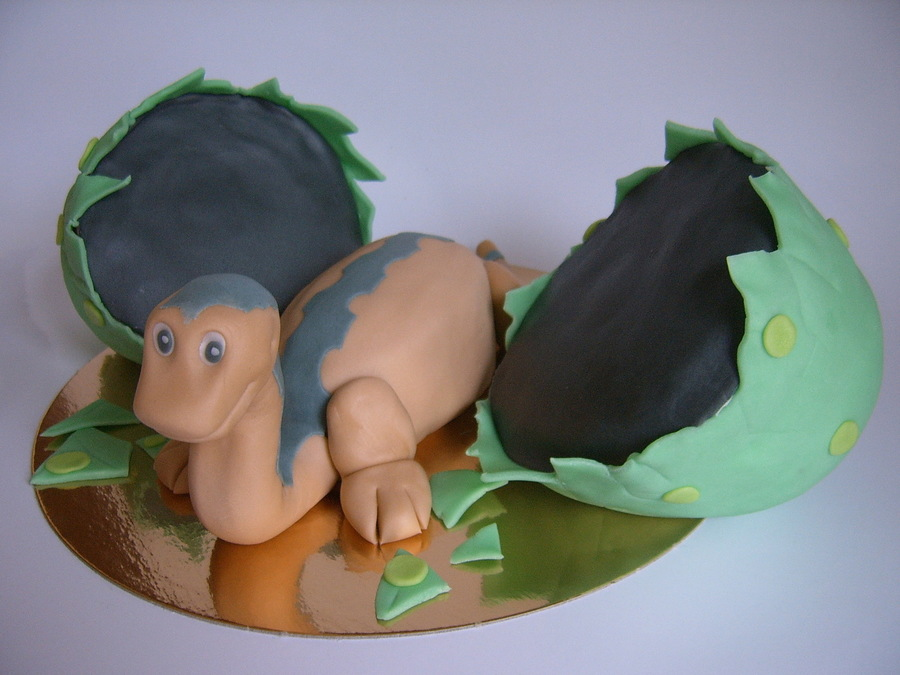Littlefoot Dino Birthday Cake on Cake Central