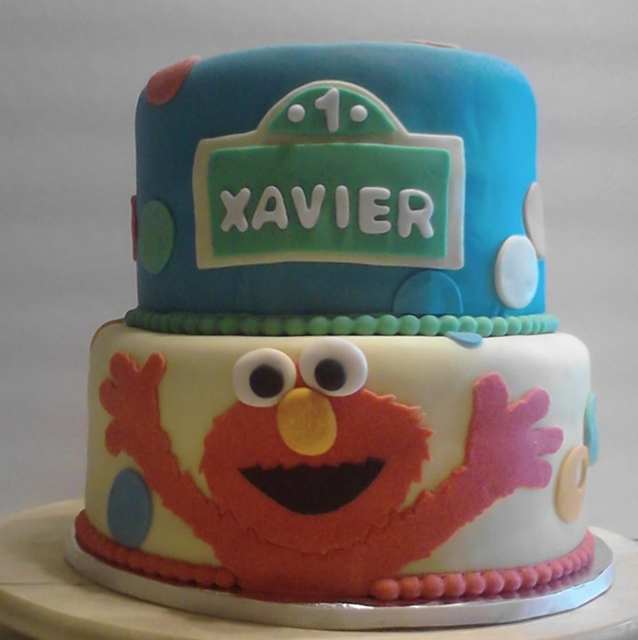 Elmo Birthday Cake Decorations : Elmo Birthday Cake - CakeCentral.com