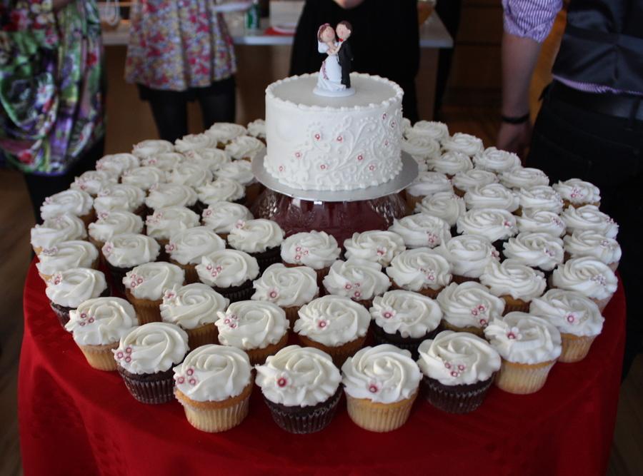 Wedding Cake Cupcakes Cakecentral Com