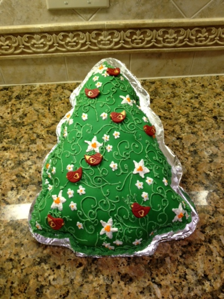 Red Velvet Christmas Cake - CakeCentral.com
