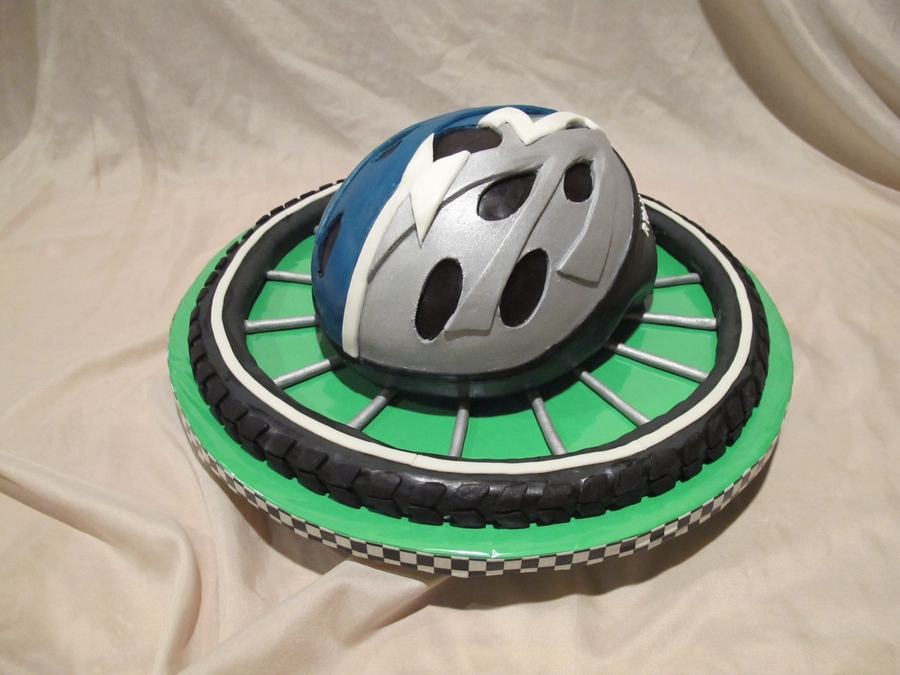 Bicycle Helmet on Cake Central