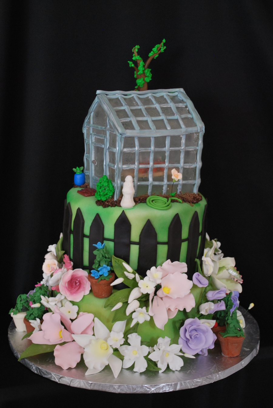Green House Birthday Cake on Cake Central