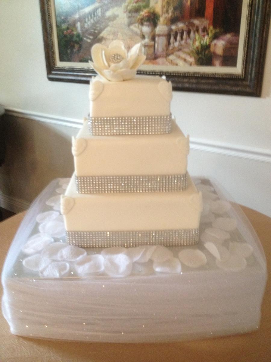 Amanda S Bling Wedding Cake Cakecentral Com