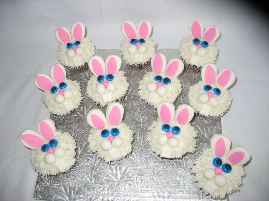 Easter Bunnies on Cake Central