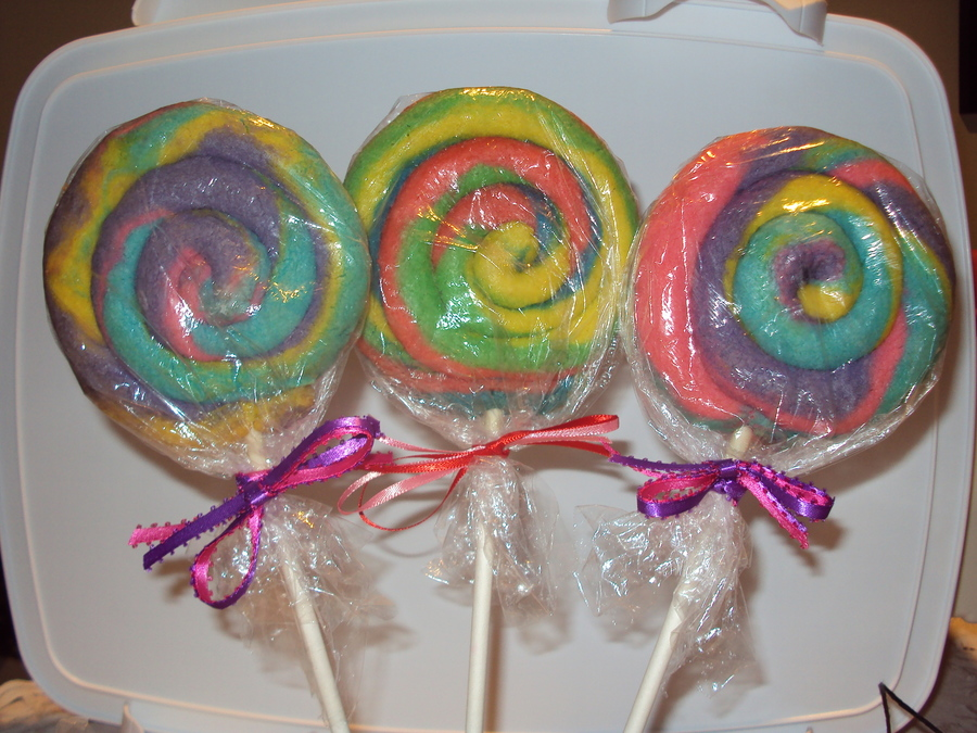 Lollipop Swirl Cookies on Cake Central