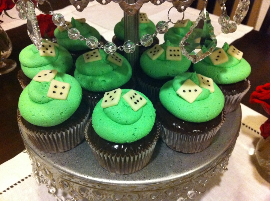 Woodlands Prep Minte Carlo Cupcakes on Cake Central