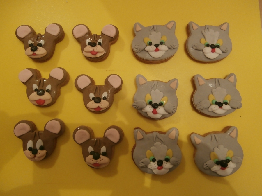 Tom And Jerry Cookies  on Cake Central