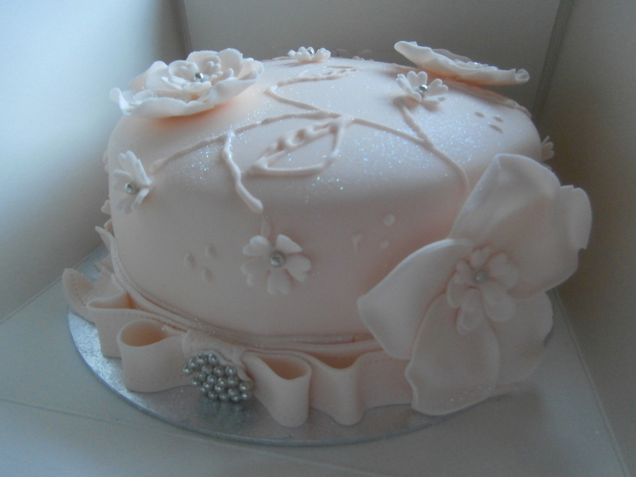 Peach Fondant Covered Sponge Cake on Cake Central