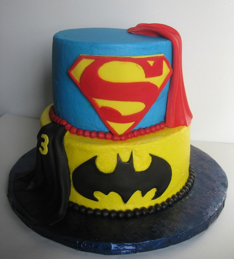 [Image: 900_732498r9GO_super-cake.jpg]