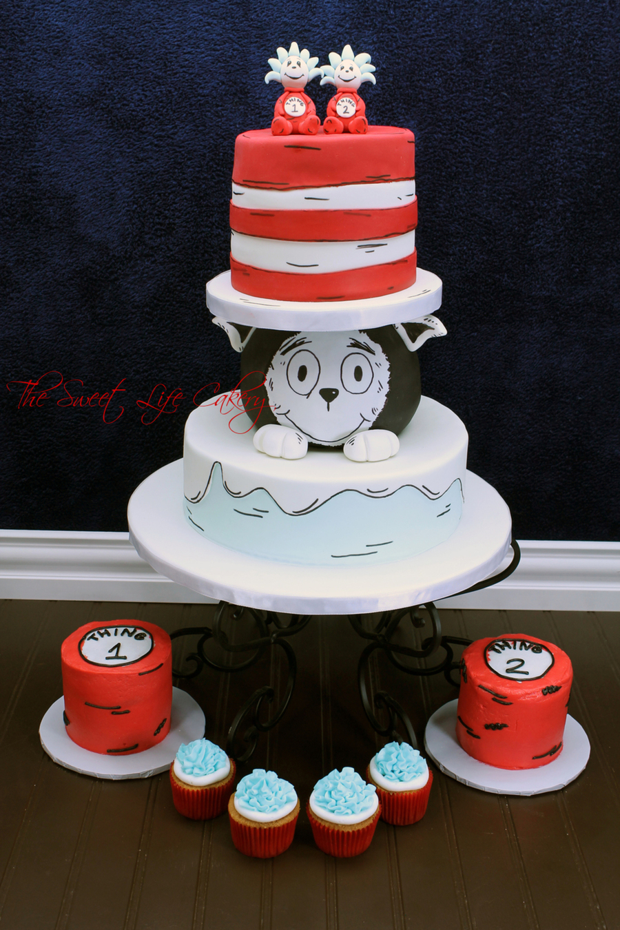 Dr Seuss Cat In The Hat S Hat Cake Tutorial