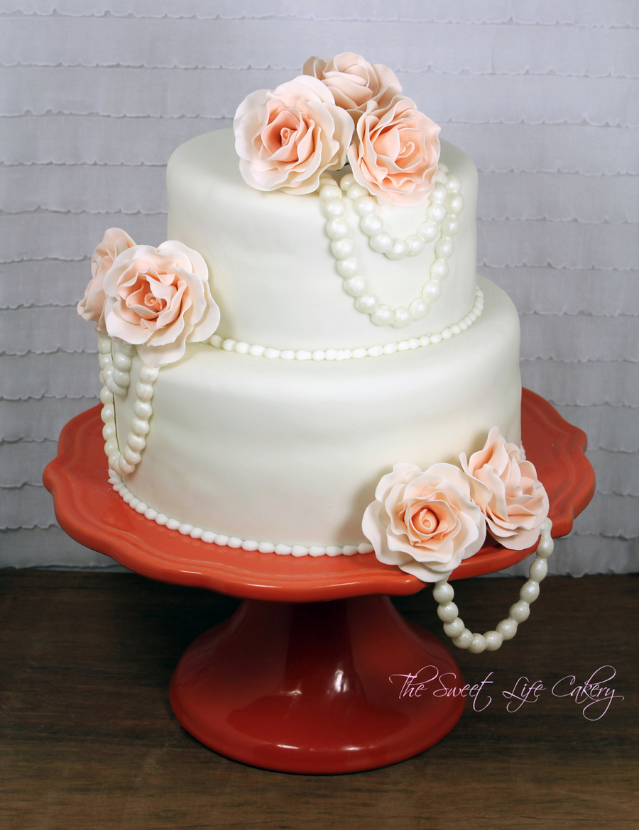 Peachy Roses And Pearls on Cake Central