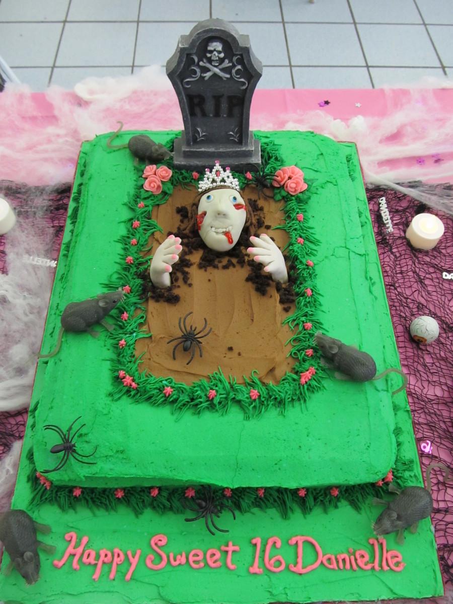 Sweet 16 Zombie Birthday Cake Cakecentral Com