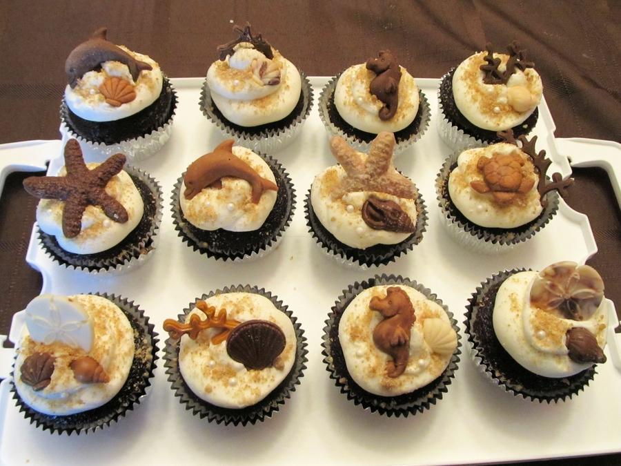 Seashells And Sea Creature Cupcakes - CakeCentral.com