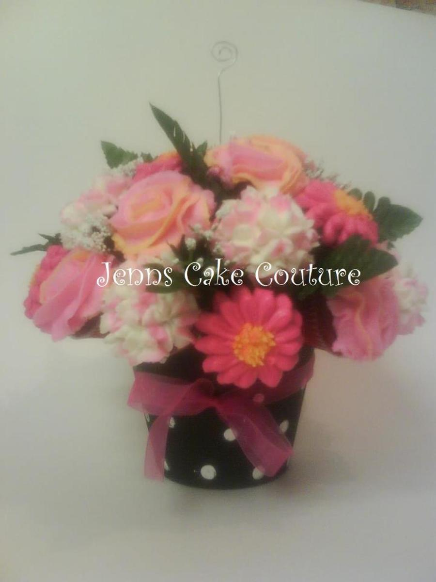 Girly Bouquet on Cake Central