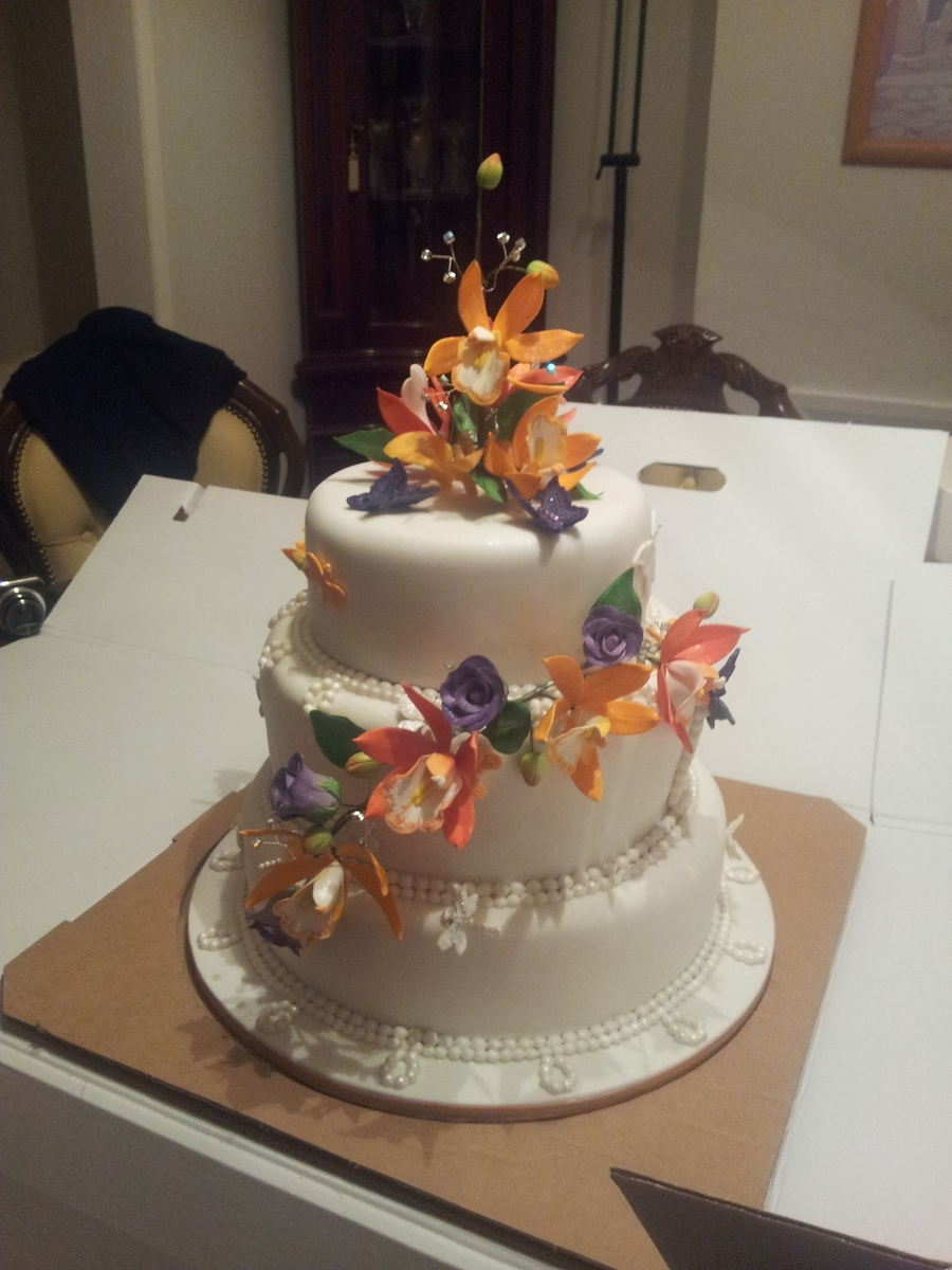 Victoria's Wedding Cake on Cake Central