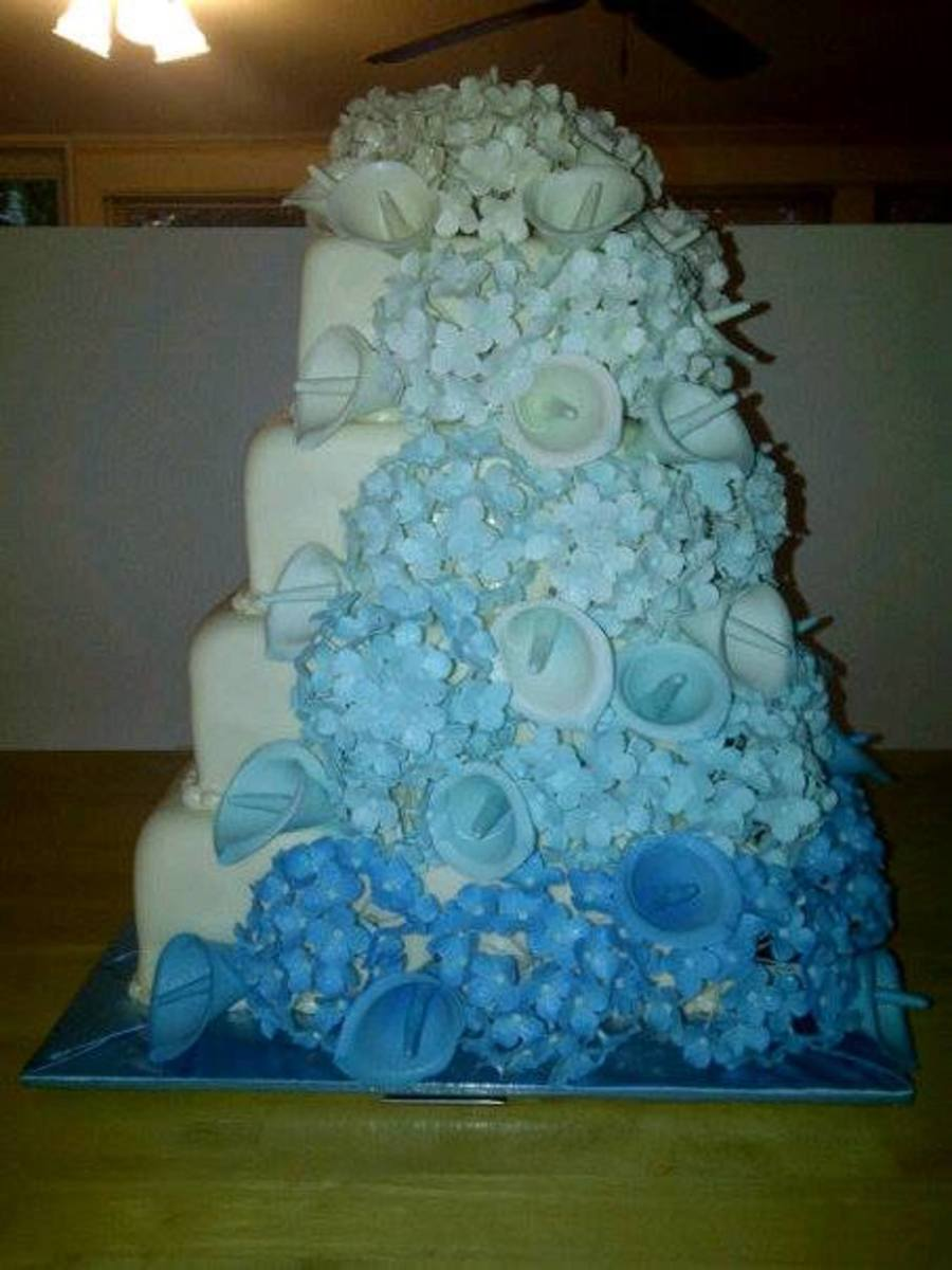 Over 600 Individually Wired Sugar Flower Hydrangeas With Calla Lillysombre Style on Cake Central